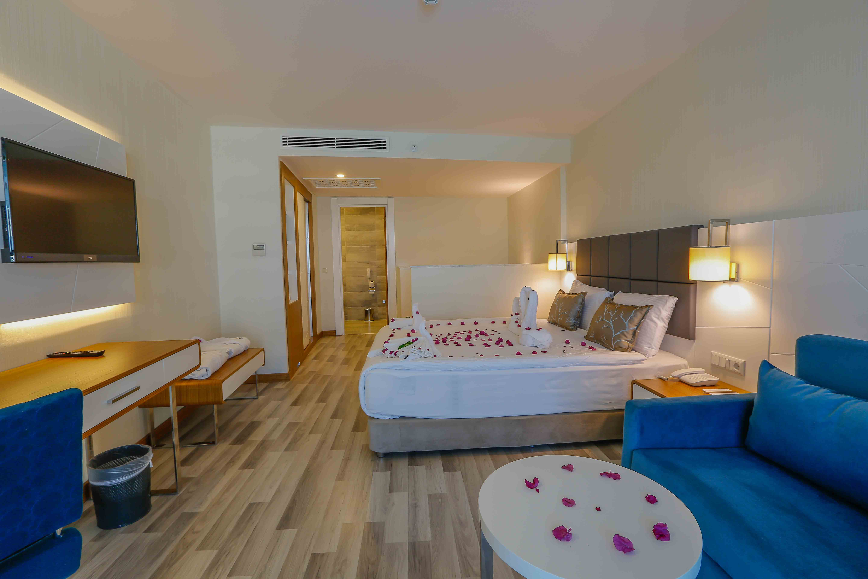 ELVİN DELUXE HOTEL206530