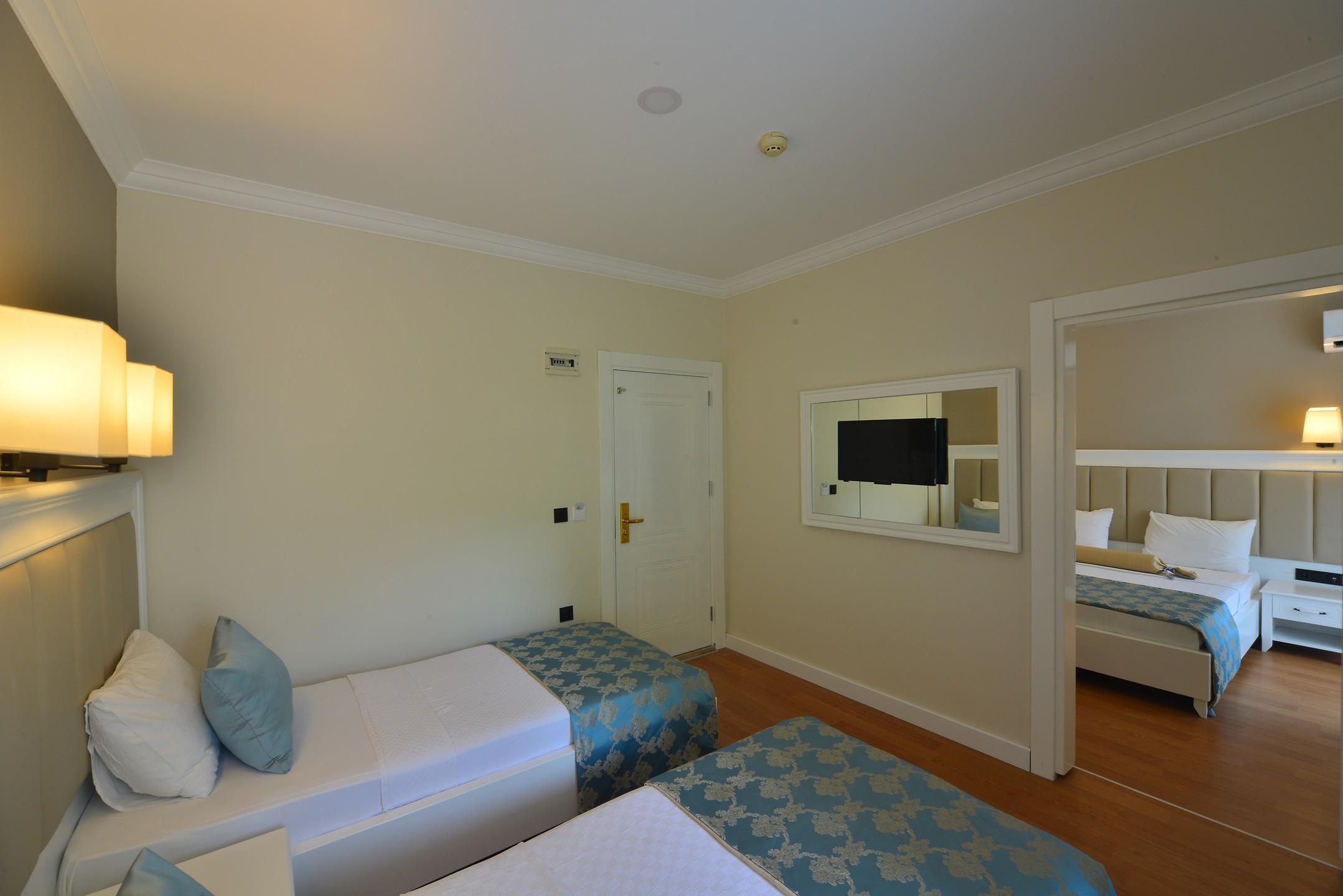 SEA STAR HOTEL261952