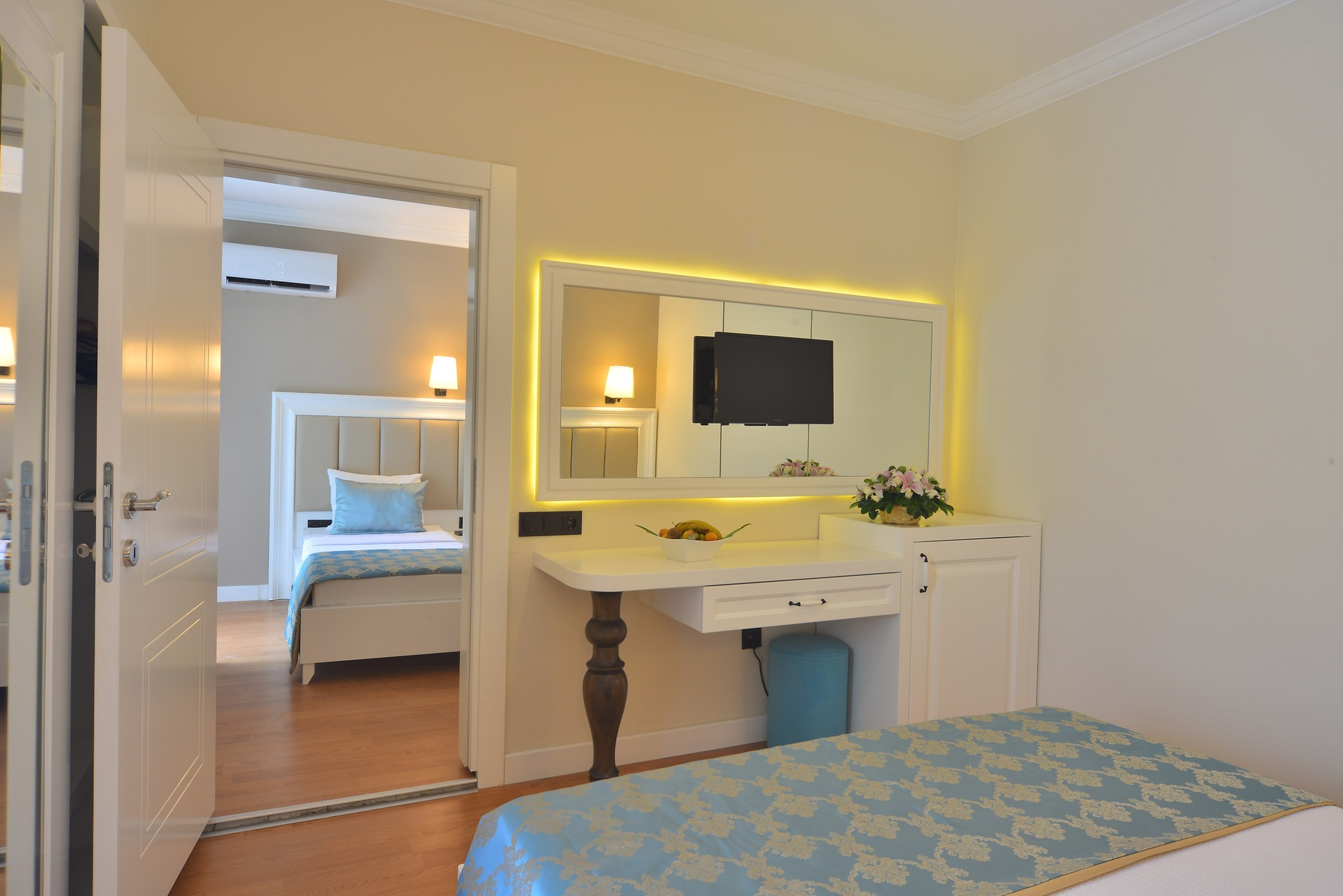 SEA STAR HOTEL261942
