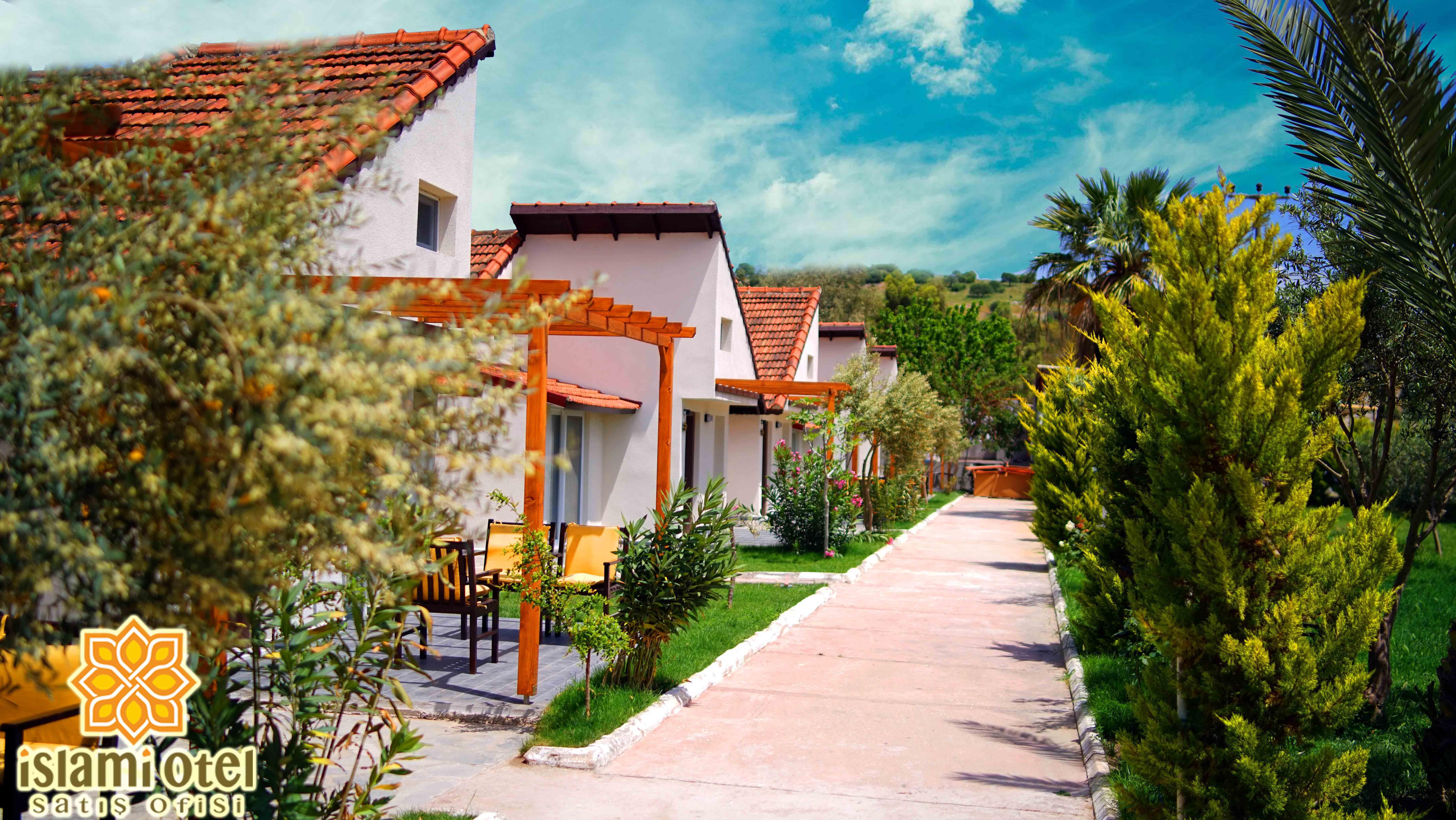 Ada Deluxe Hotel 272681