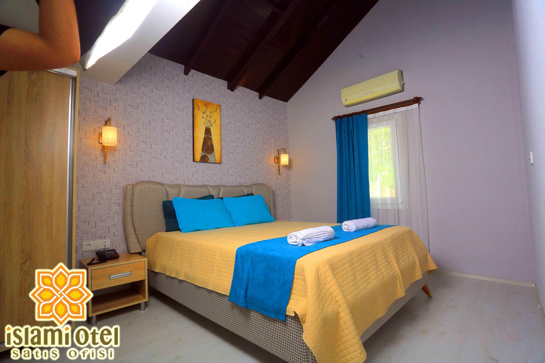 Ada Deluxe Hotel 272690