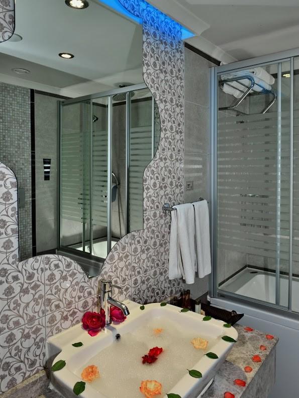 Adenya Hotels & Resorts197065