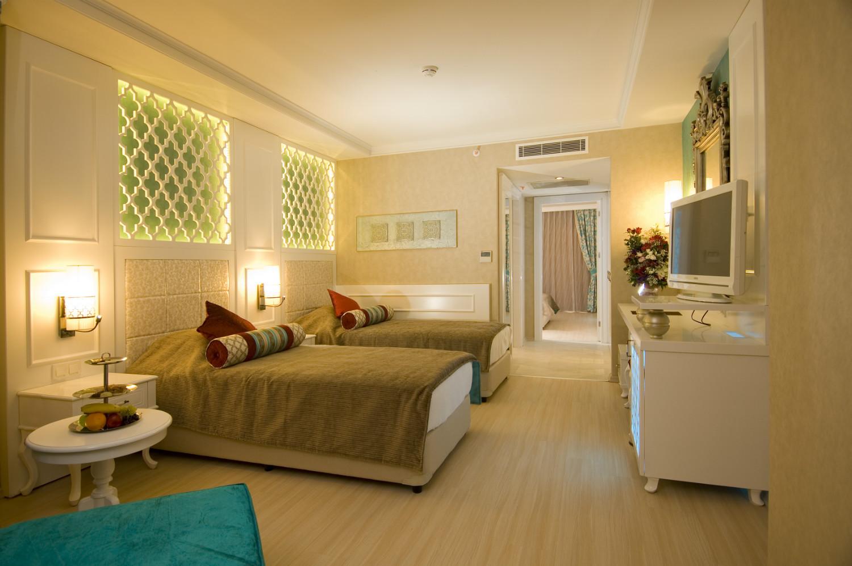 Adenya Hotels & Resorts197074
