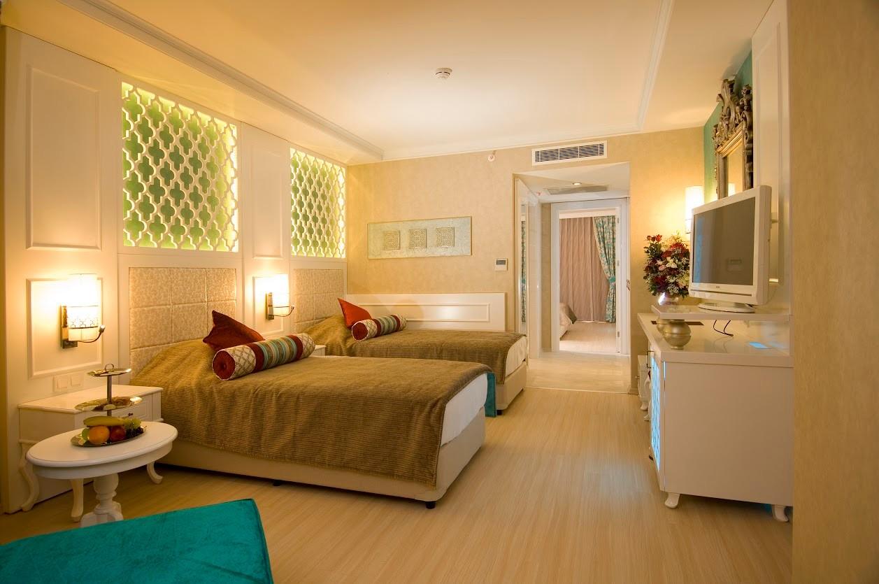 Adenya Hotels & Resorts197057