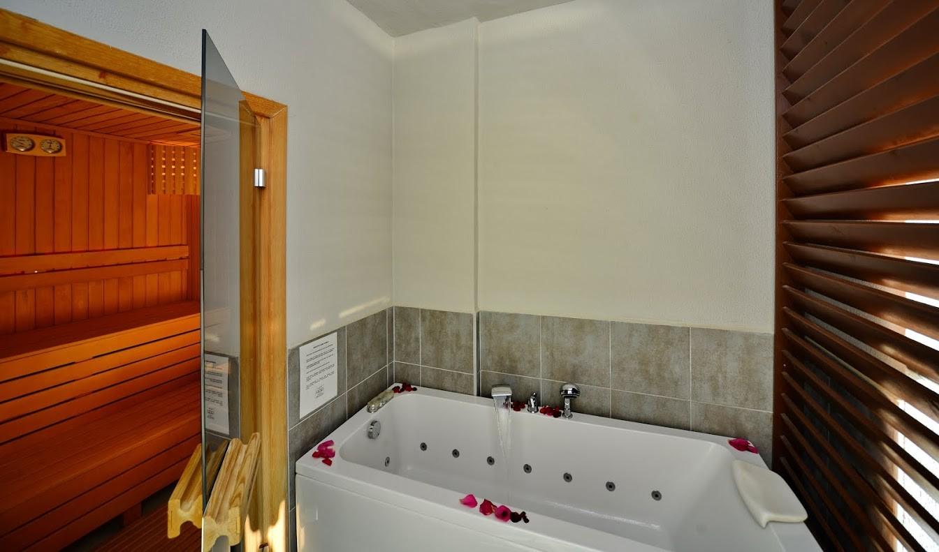 Adenya Hotels & Resorts197061