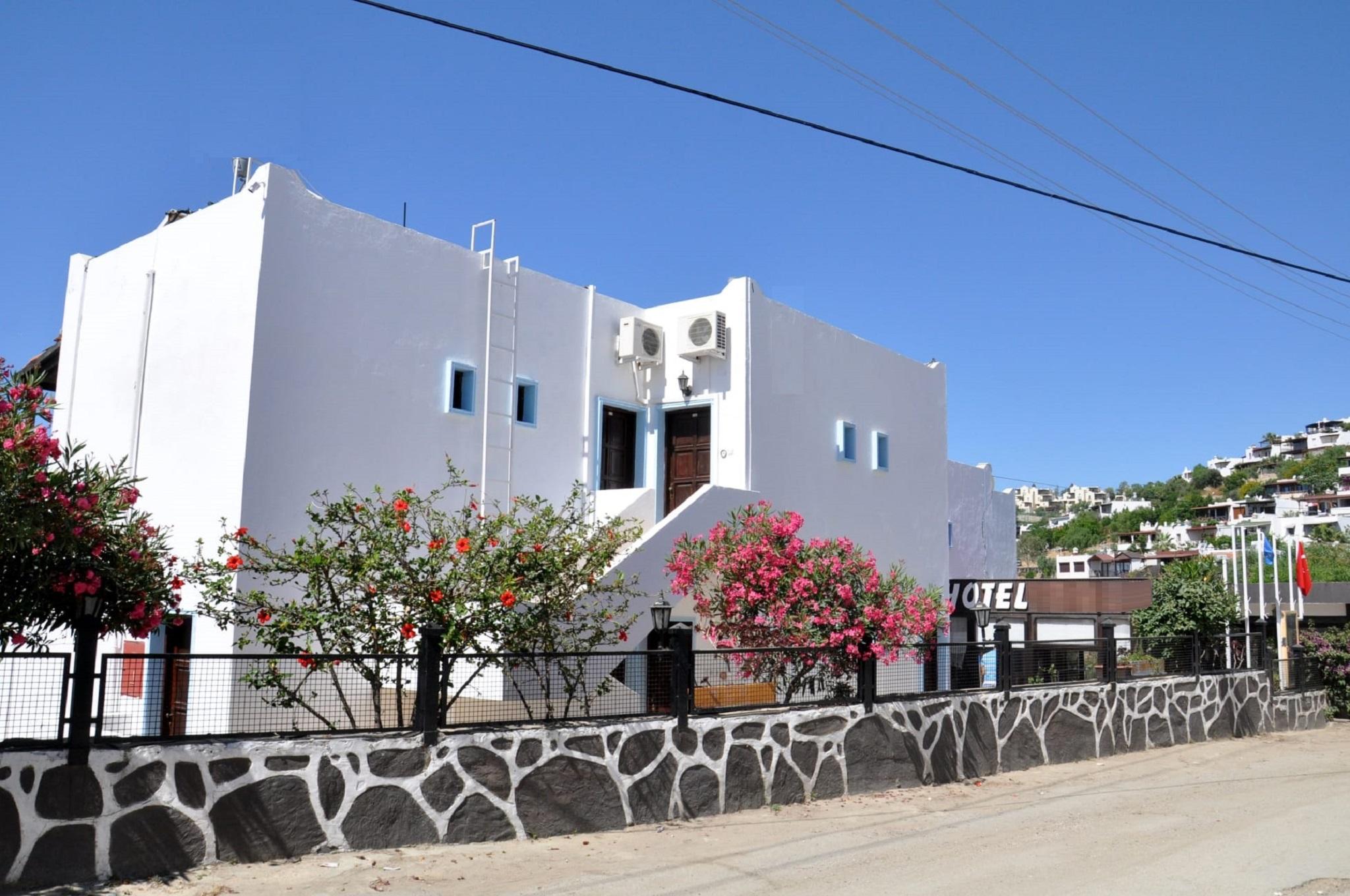 Gloriatibi Jarra Hotel