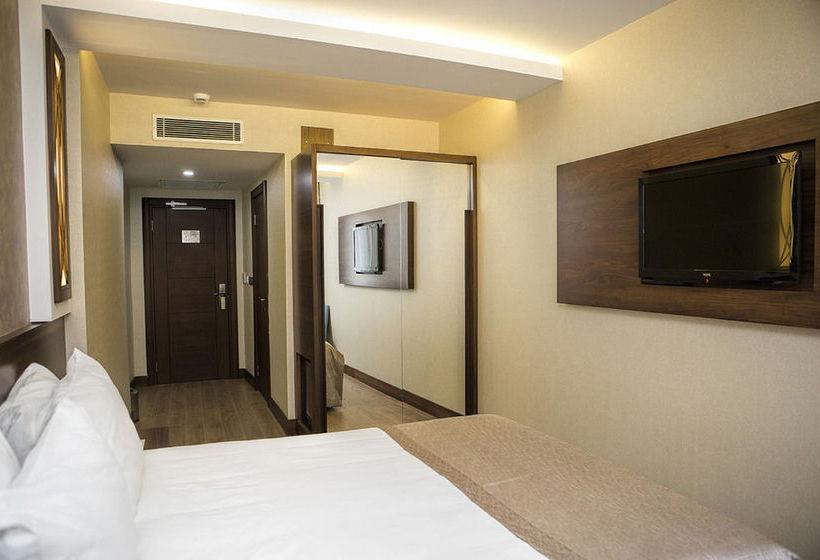 Trass Hotel262025