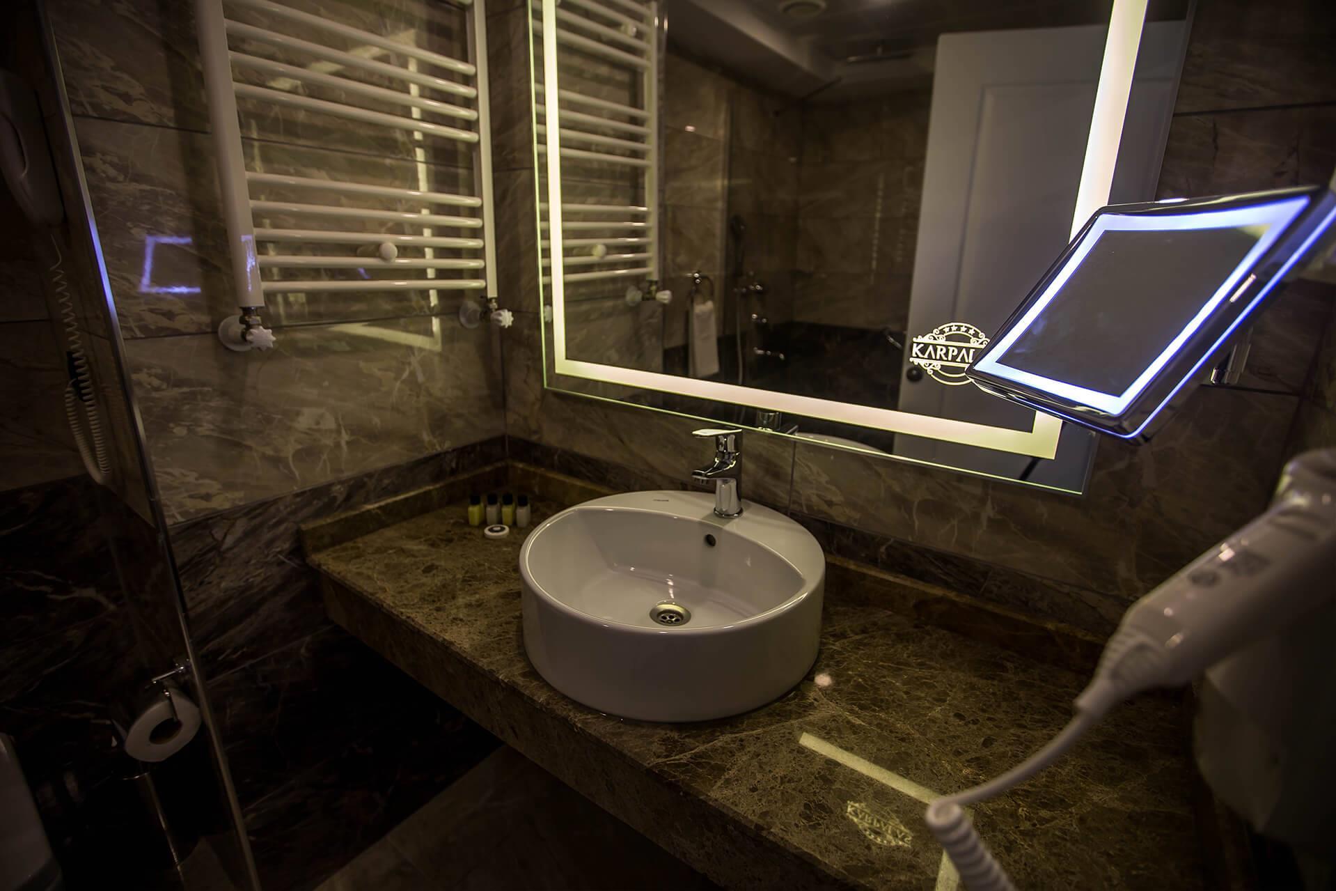 Karpalas City Hotel & Spa204140