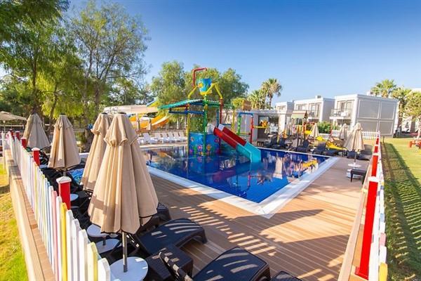 Aurum Moon Resort212609
