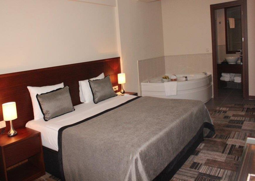 Tiara  Hotel & Spa 204342