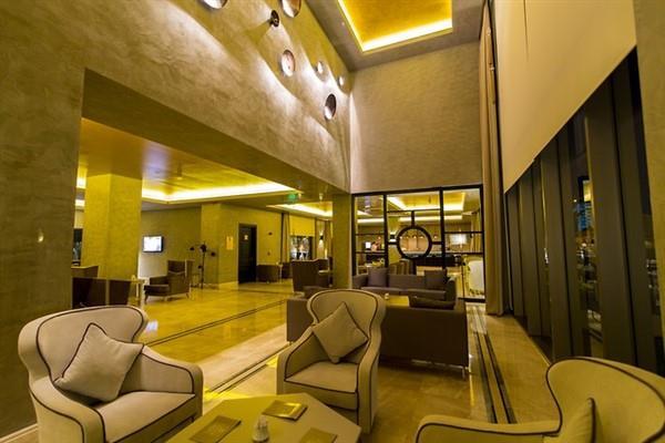 Aurum Moon Resort212612