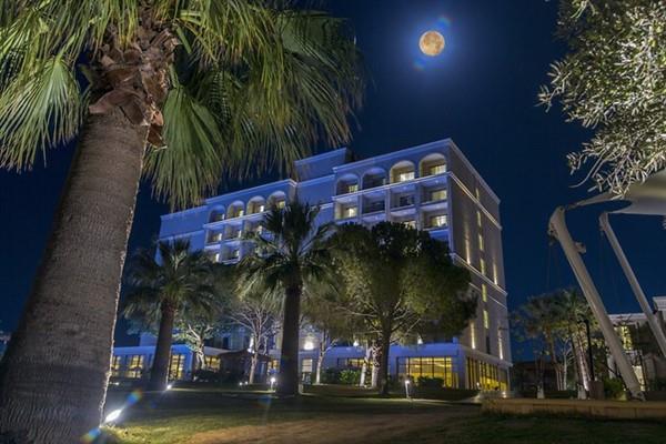 Aurum Moon Resort212616
