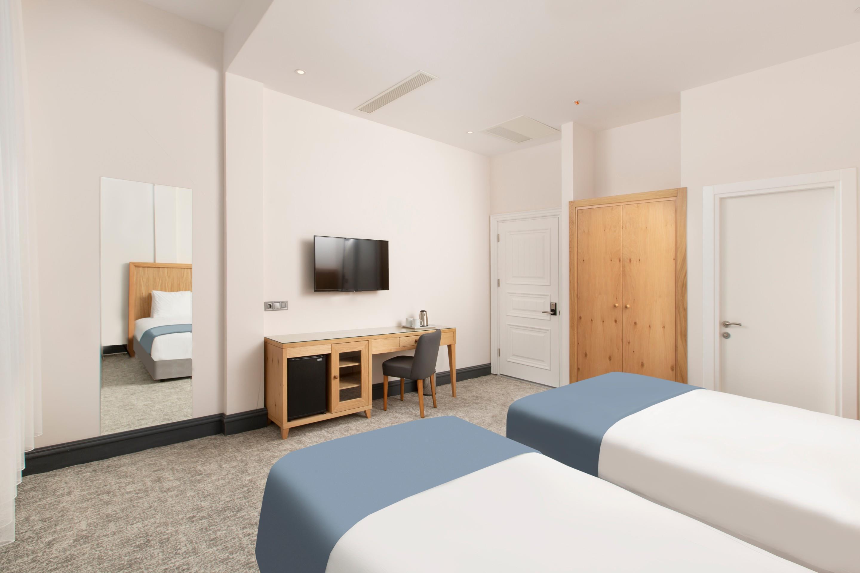 Premist Hotel261164