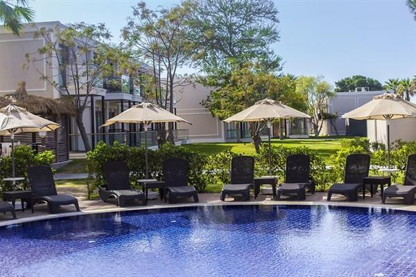 Aurum Moon Resort212619