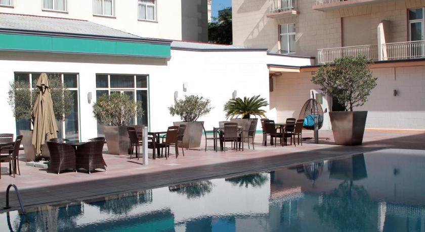 Royal Garden Hotel267941