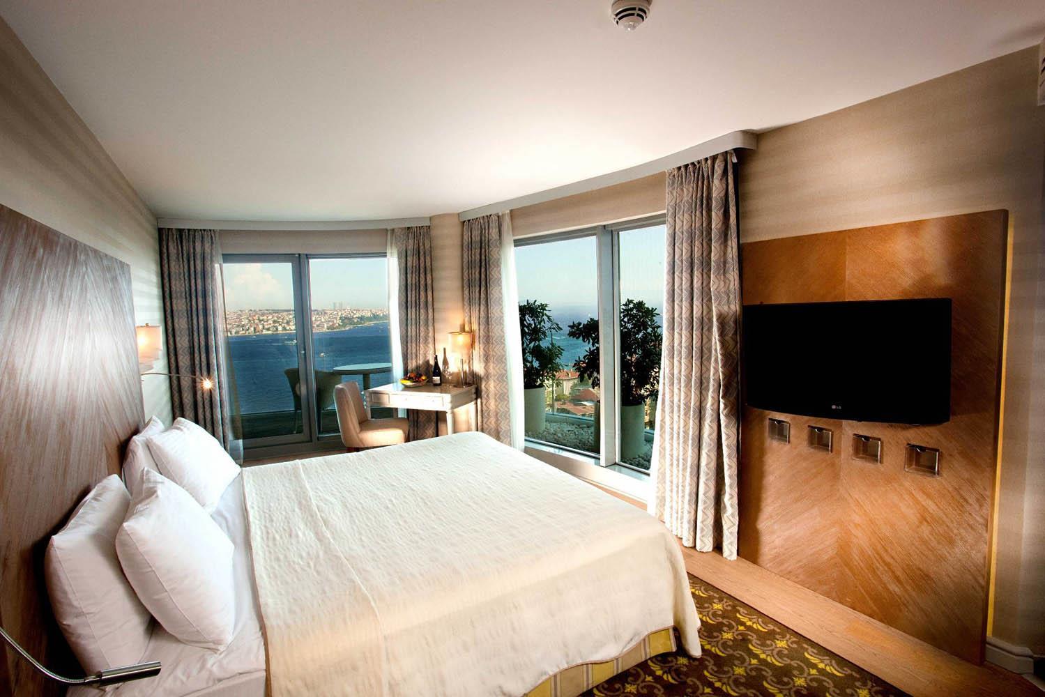 Opera Hotel247933