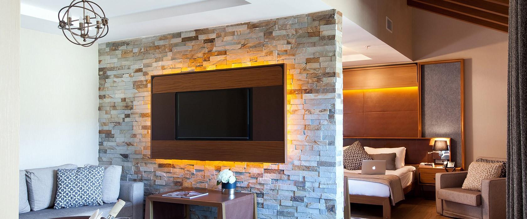 Magna Pivot Hotel203275