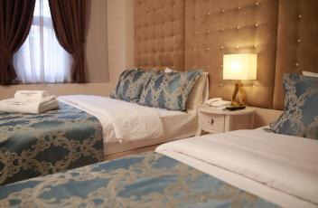 Pelican House Hotel258561