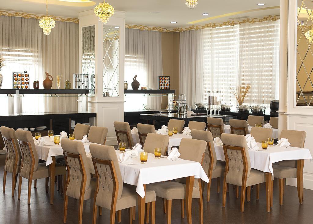 Divan Express Baku Hotel267935