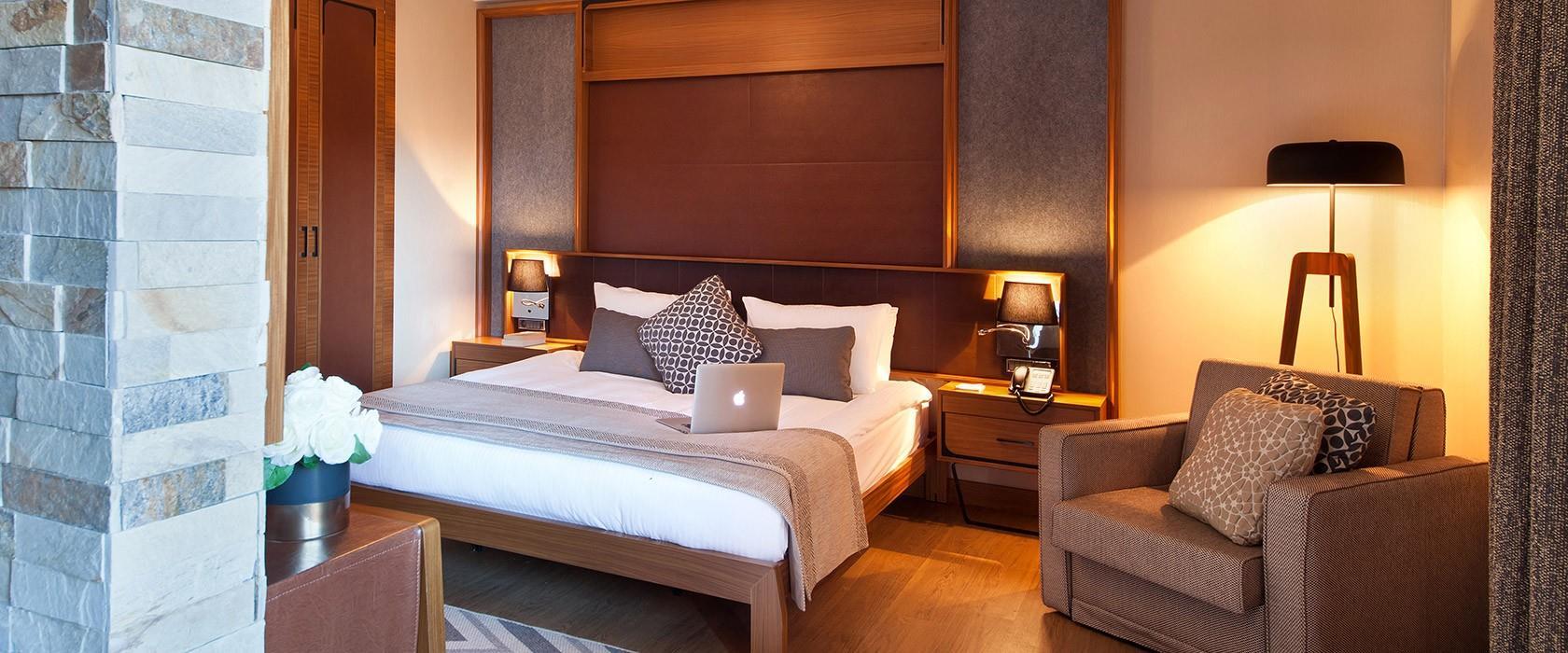 Magna Pivot Hotel203277