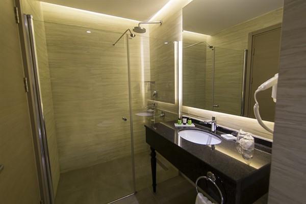 Aurum Moon Resort212615
