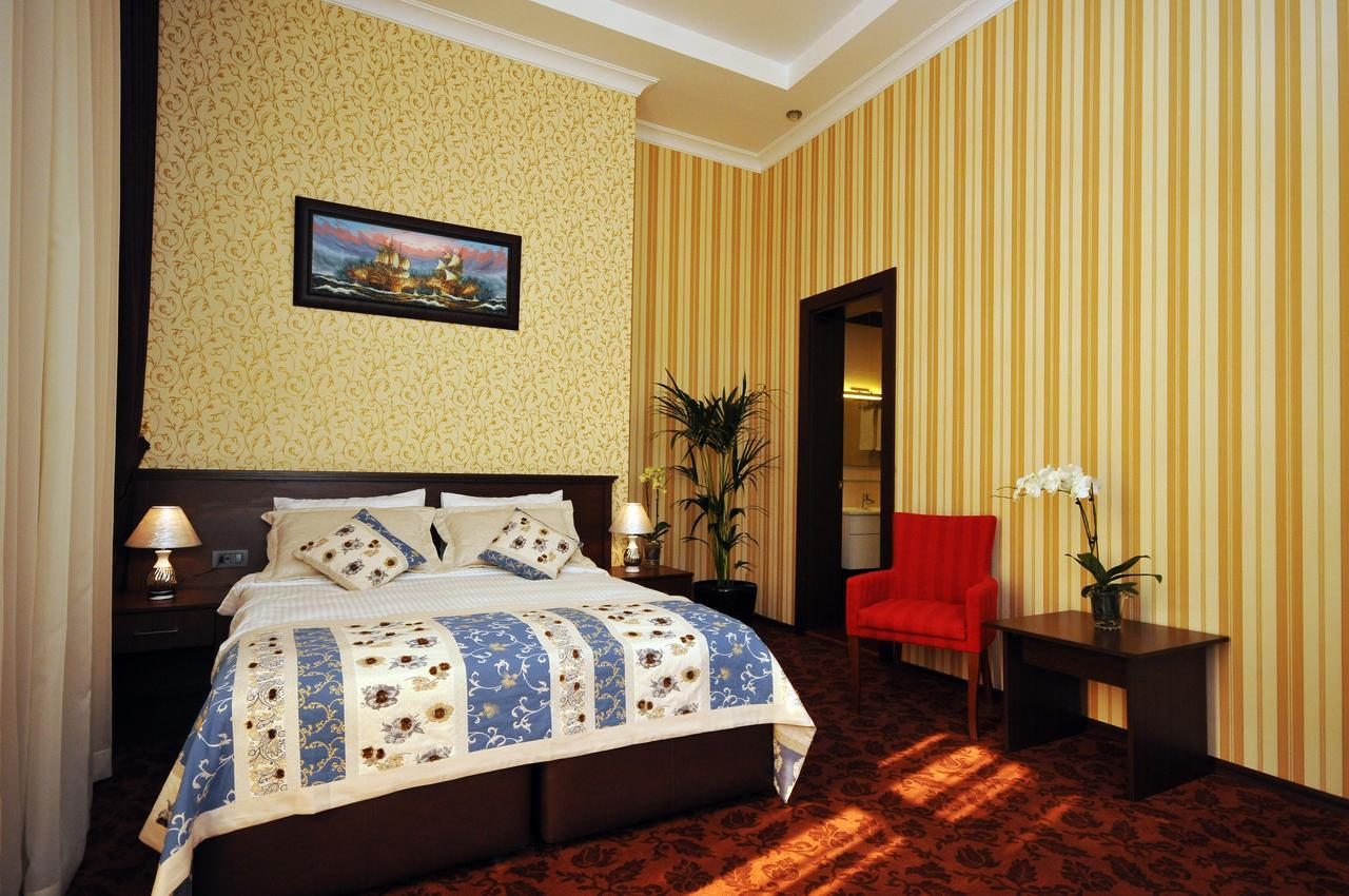Central Park Hotel267947