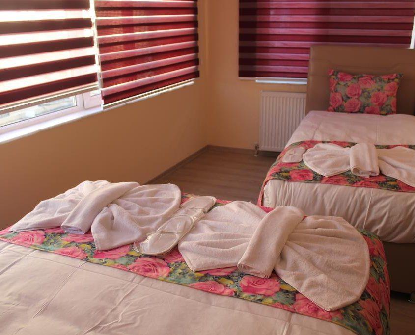 Gorur Hotel261869