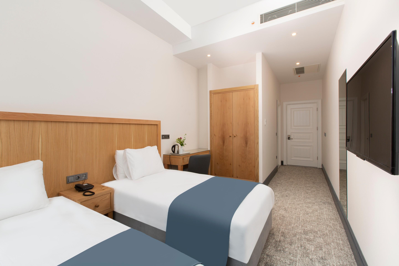 Premist Hotel261165