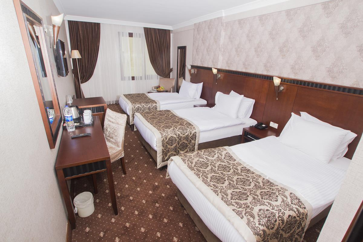 Nova Plaza Crystal Hotel261805