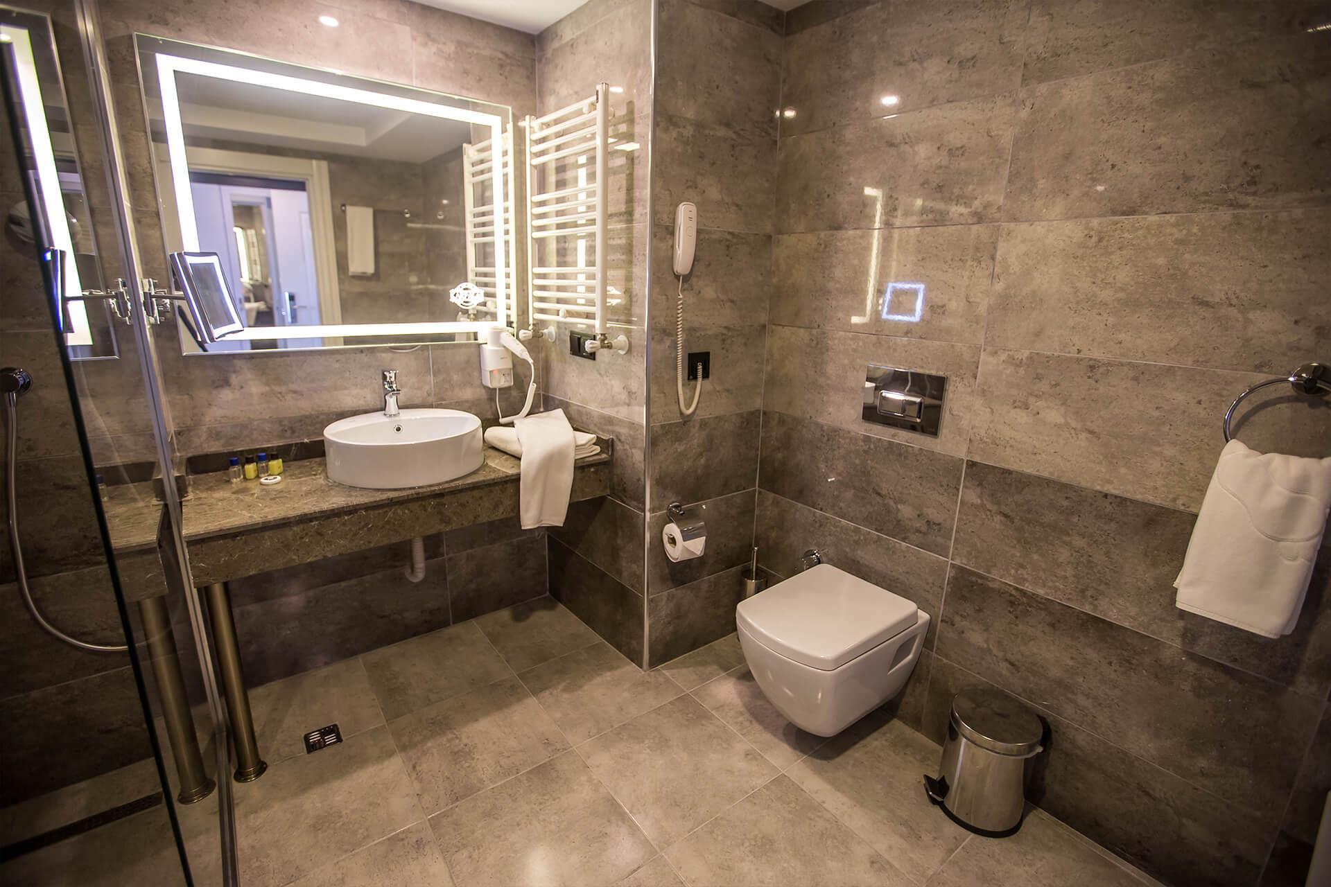 Karpalas City Hotel & Spa204147