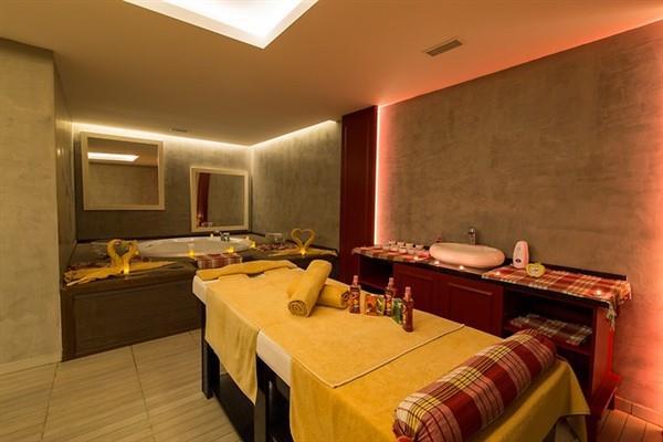 Aurum Moon Resort212603