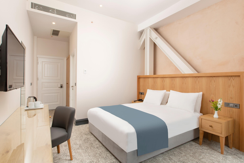Premist Hotel261175