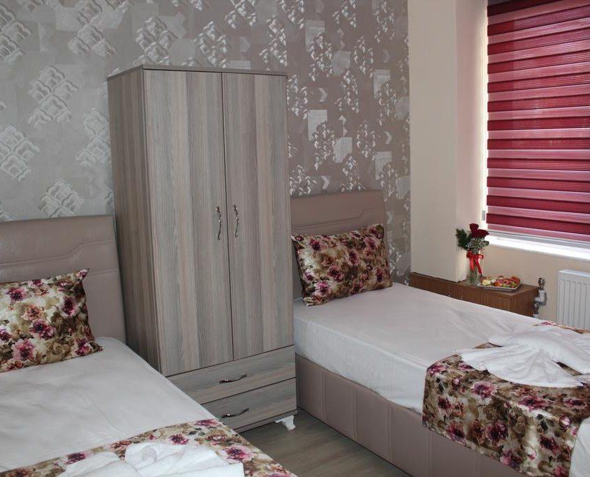 Gorur Hotel261870