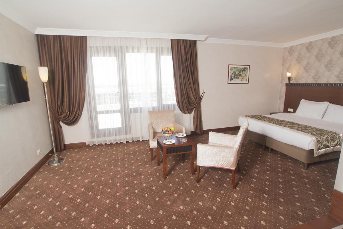 Nova Plaza Crystal Hotel261795