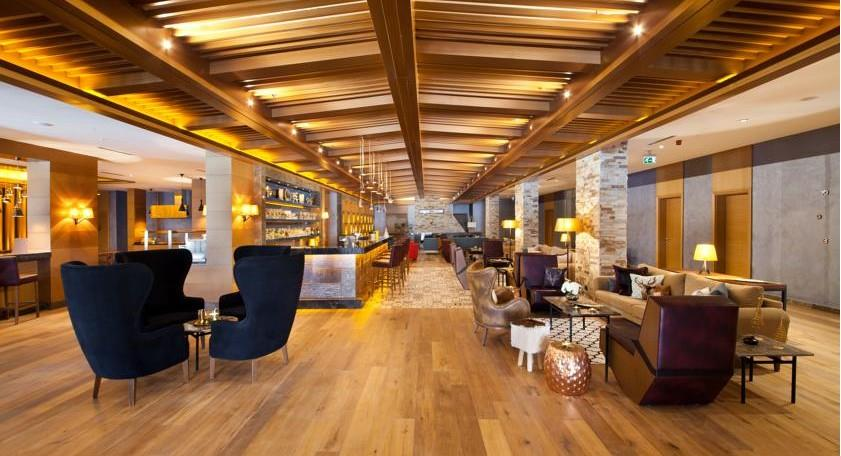 Magna Pivot Hotel203282