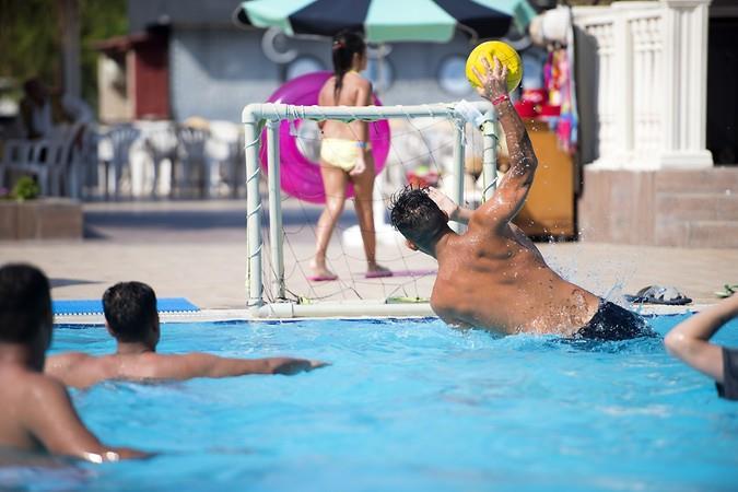 Sailors Beach Club211563