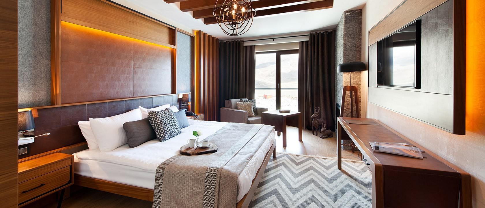 Magna Pivot Hotel203278