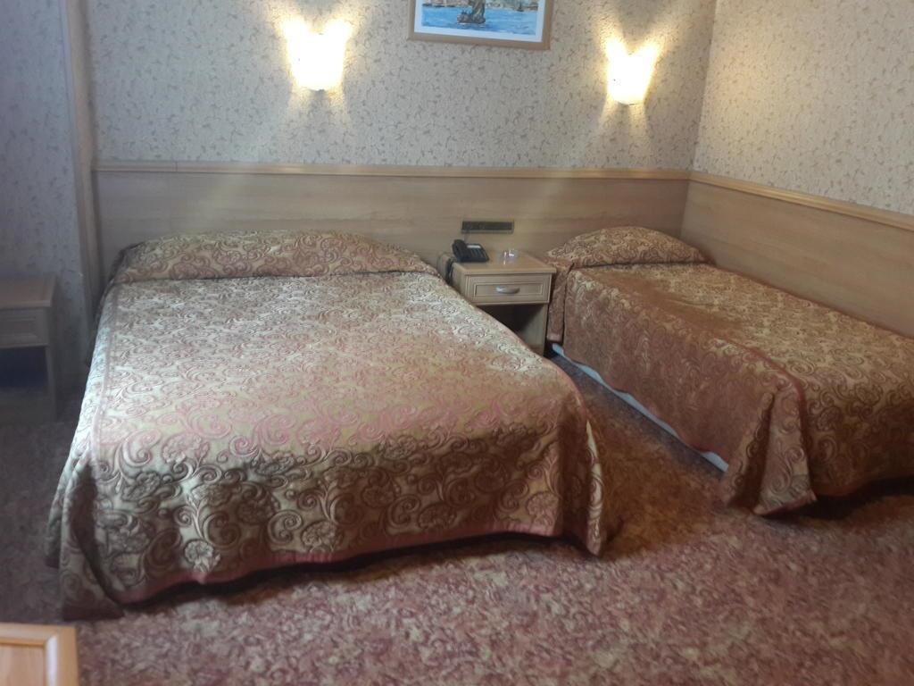 Bristol Hotel248191