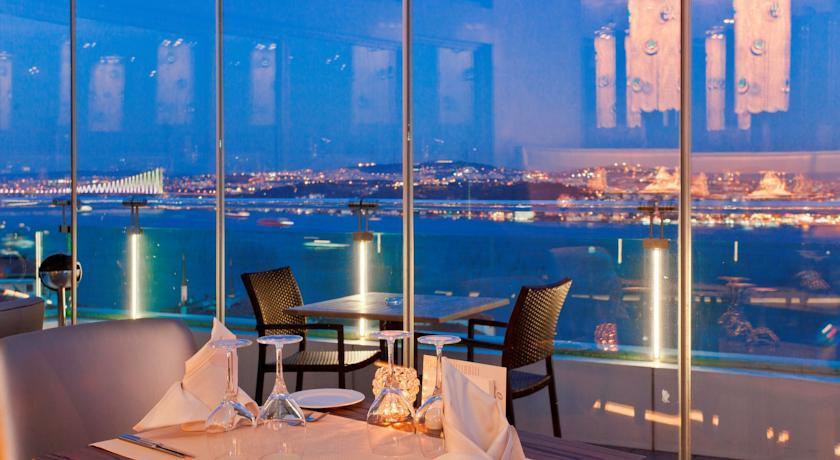 Opera Hotel247922