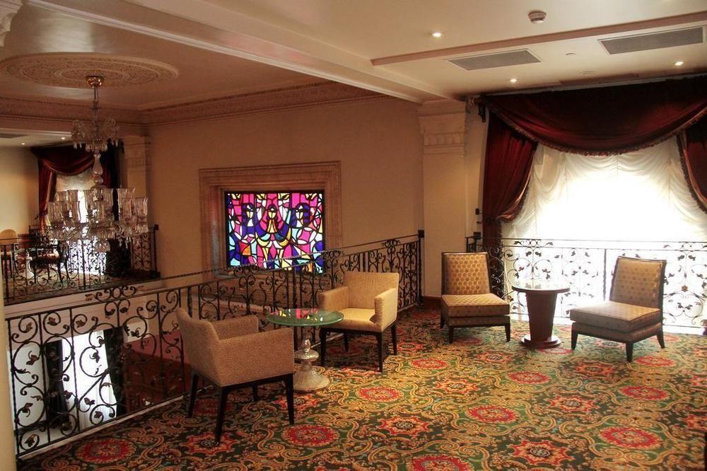 Royal Garden Hotel267940