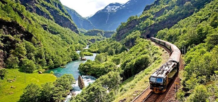 Norveç Fiyortları ve Flamsbana Treni'yle Gezi