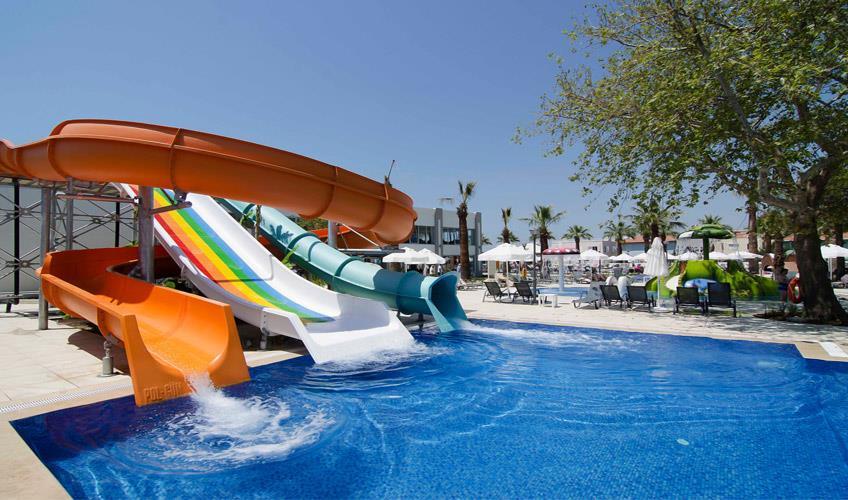 Palm Wings Beach Resort & SPA  Kuşadası244067