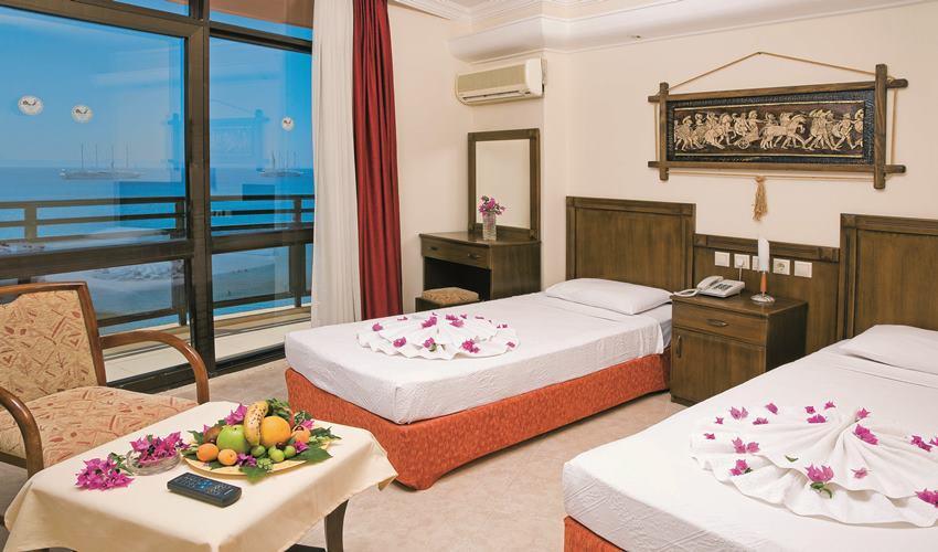 Orion Beach Hotel 202607