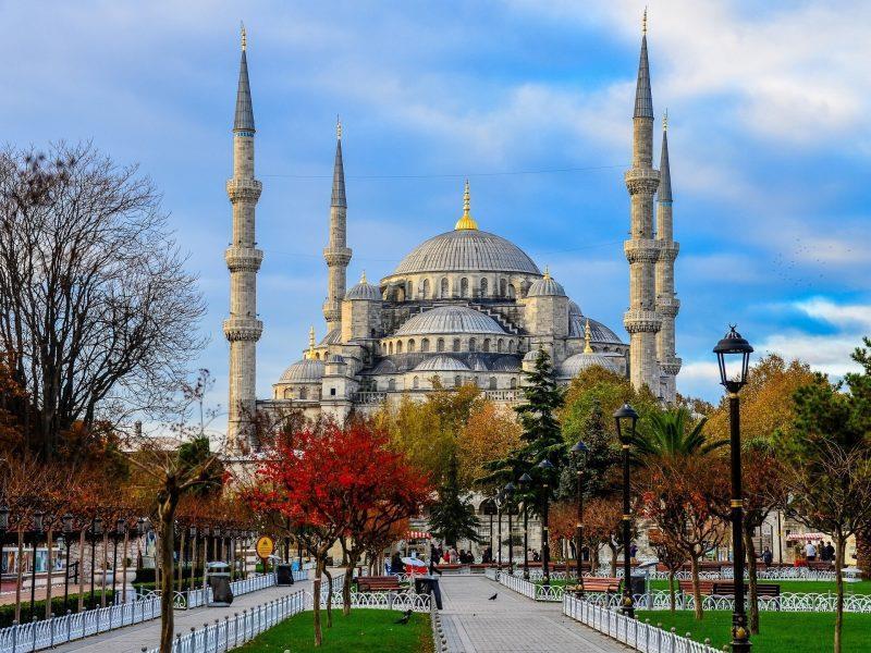 Ponti e Festività ad Istanbul