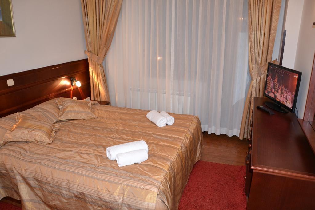 Hotel Dva Bisera218399
