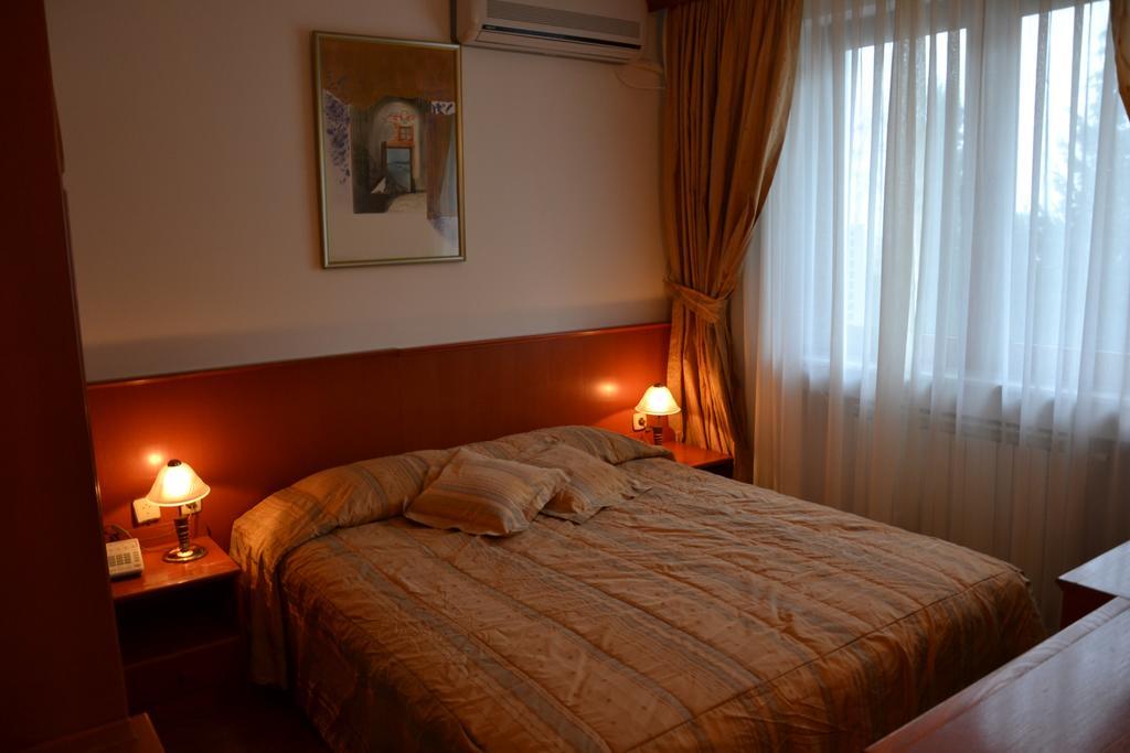 Hotel Dva Bisera218395