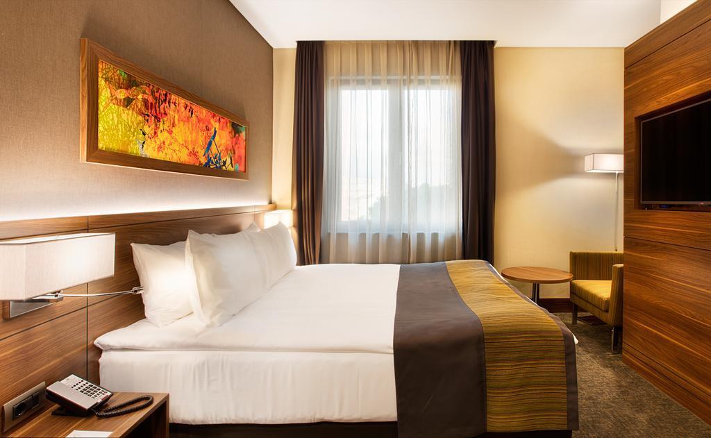 Holiday Inn İstanbul Kadıköy267305