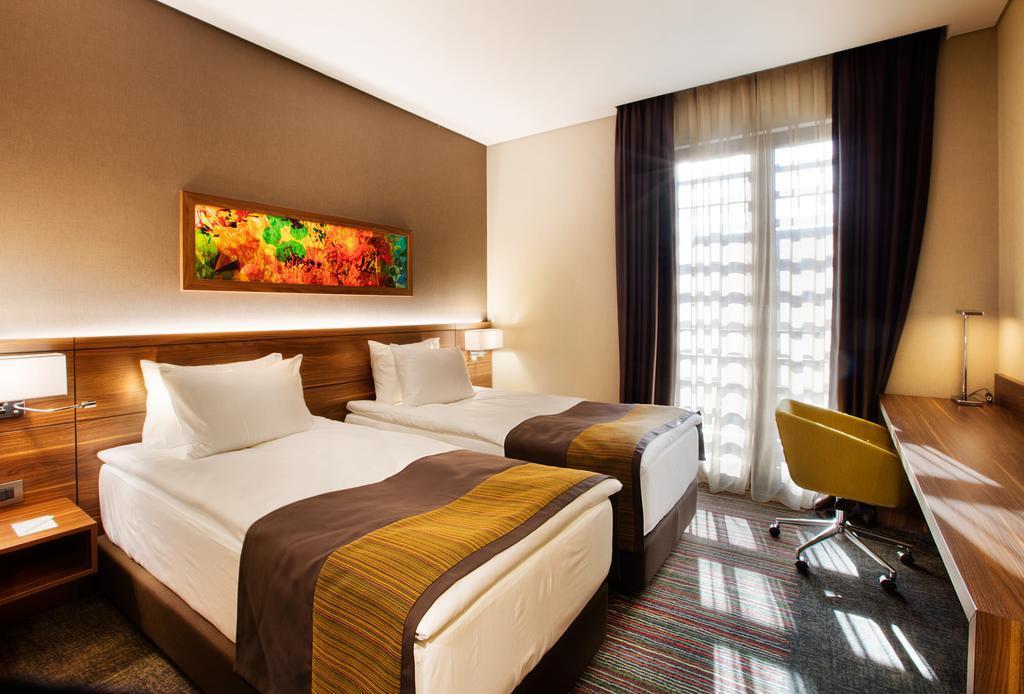 Holiday Inn İstanbul Kadıköy267317