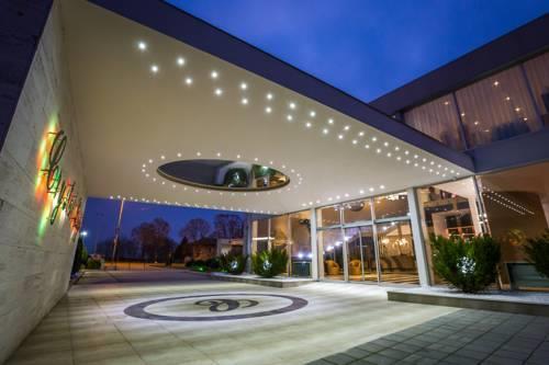 Crystal Light Hotel264965