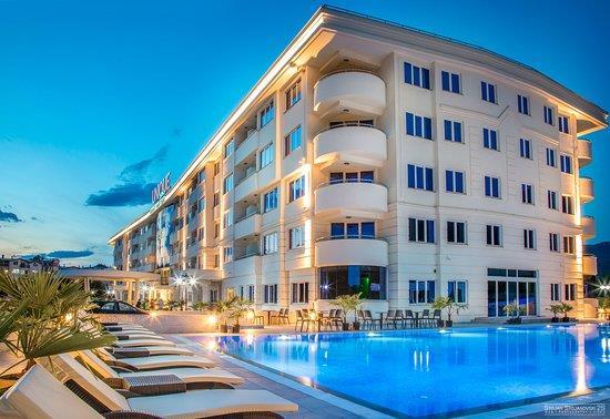 Unique Hotel261026
